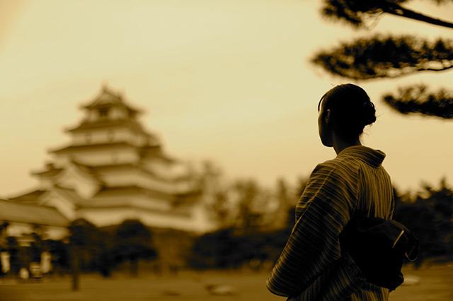 鶴ケ城に馳せる想い